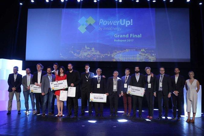 innoenergy_powerup2017_award-ceremony-676x451