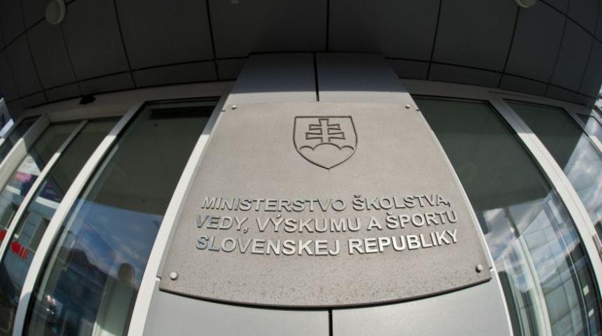 Vláda schválila novely zákonov, ktoré by mali zmeniť fungovanie vysokýchškôl